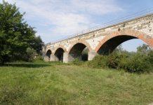 Železničný most cez rieku Moravu