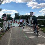 Viacerí cyklisti a peší nerešpektovali zákaz vstupu