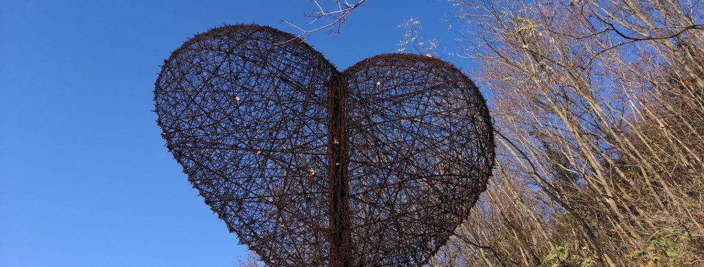 Pamätník Srdce Európy pod Devínom
