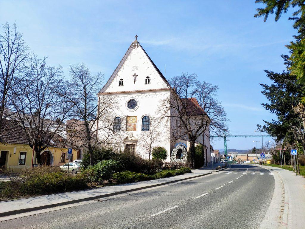 Pezinok, Kapucínsky kostol