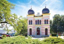 Malacká synagóga je v krásnom maurskom slohu a je národnou kultúrnou pamiatkou