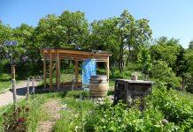 Altánok v Základnej škole Alexandra Dubčeka uviedla do užívania Karlova Ves spolu s rezortom životného prostredia.