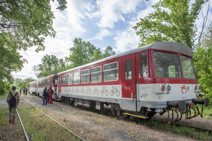 Letný vlak Záhoráčik